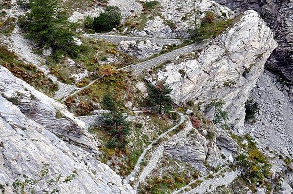 Lista degli itinerari delle escursioni, ciaspolate, trekking